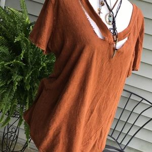 Anthropology distressed rust tee